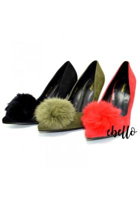 scarpe con tacco decollete in eco pelle scamosciata con batuffolo di pelliccia