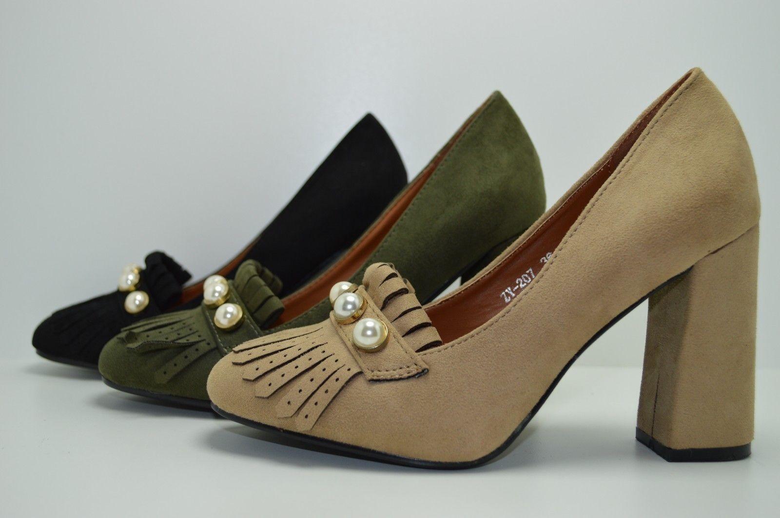 Scarpe donna decoltè scamosciate con tacco alto eleganti plateau in 3  colori - ebello.it 7942a8b4679